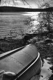 Bateau sur le lac Photo libre de droits