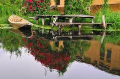 Bateau sur le lac dal Photographie stock libre de droits