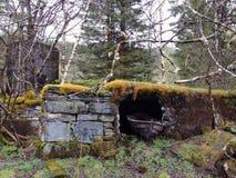 Bateau sur une caverne Photo stock