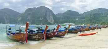 Bateau thaïlandais traditionnel de longue queue Photo libre de droits