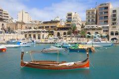 Bateau traditionnel dans St.Julians, Malte Images stock
