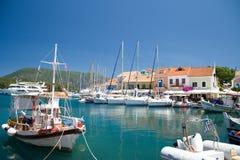 Bateau Vathy de mer de ciel bleu de nature d'été de Leucade Grèce Photos stock