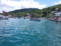 Bateaux à la mer, Al mars d'en de botes image libre de droits