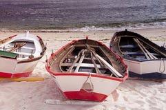 Bateaux à la plage Images libres de droits