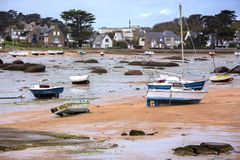 Bateaux à marée basse Photos stock