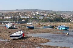 Bateaux à marée basse Images stock
