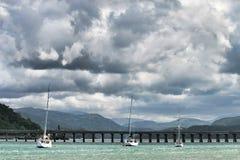 Bateaux à voile dans Barmouth, Pays de Galles Photos libres de droits
