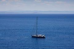 Bateaux à voile en mer Méditerranée Images stock