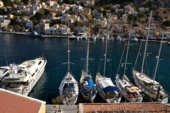 Bateaux au dock, l'île de Symi Image libre de droits