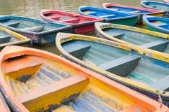 Bateaux colorés Photos libres de droits