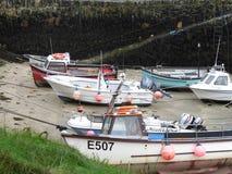 Bateaux dans le port de Boscastle image libre de droits