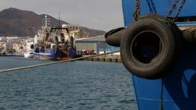 Bateaux dans le port de Las Palmas banque de vidéos