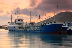 Bateaux dans le port de Le Pirée, Athènes image stock
