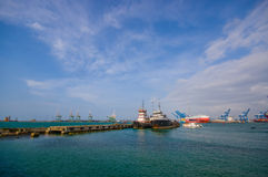 Bateaux dans le port des deux points au Panama Images libres de droits