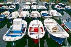 Bateaux dans un port photographie stock libre de droits
