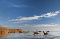 Bateaux de la pêche de Sarichio Photo stock