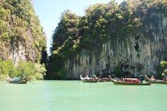 Bateaux de lagune et de longue queue Image stock