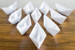 Bateaux de livre blanc d'origami Images stock
