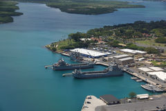 Bateaux de marine accouplés dans Pearl Harbor Photos libres de droits