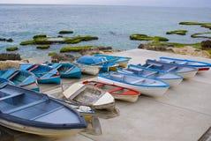 Bateaux de pêche à Beyrouth images libres de droits