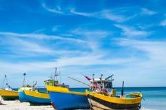 Bateaux de pêche à la lagune de la Vistule, Pologne photos stock