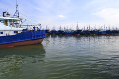 Bateaux de pêche d'île de wuyu Images stock