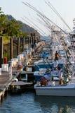 Bateaux de pêche dans la marina Photographie stock libre de droits