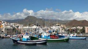 Bateaux de pêche dans la visibilité directe Cristianos, Ténérife Photo libre de droits