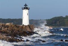 Bateaux de pêche de guidage de phare de Portsmouth NH Photos libres de droits