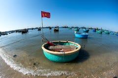 Bateaux de pêche en bois Photographie stock libre de droits