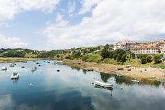 Bateaux de pêche en San Vicente de la Barquera, Espagne Photo libre de droits