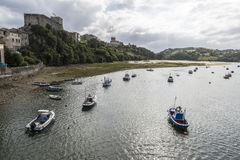 Bateaux de pêche en San Vicente de la Barquera, Espagne Images libres de droits