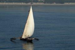 Bateaux de pêche et bateaux à voile dans l'Océan Indien Image libre de droits