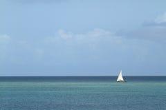 Bateaux de pêche et bateaux à voile dans l'Océan Indien Photographie stock