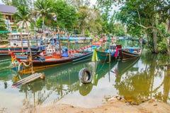 Bateaux de pêche thaïlandais traditionnels Photographie stock libre de droits