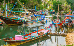 Bateaux de pêche thaïlandais traditionnels Images libres de droits