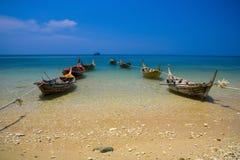Bateaux de pêcheur sur la mer Image libre de droits