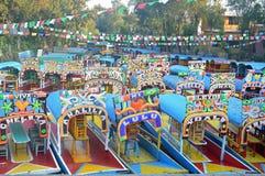 Bateaux de touristes chez Xochimilco Image libre de droits