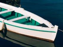 Bateaux en bois sur l'eau Dans la baie de Kotor dans Monténégro MA Photographie stock
