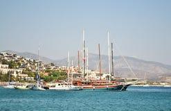 Bateaux en mer Égée Images stock