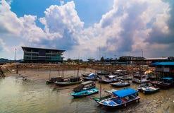 Bateaux garant le port Klang Image libre de droits