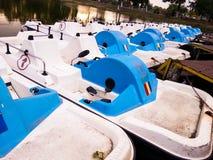Bateaux sur l'eau Photos stock