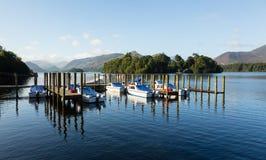 Bateaux sur l'eau de Derwent dans le district de lac Photo libre de droits