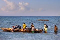 Bateaux sur l'Océan Indien outre de Nungwi Image libre de droits