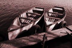 Bateaux sur la mer images libres de droits