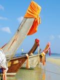 Bateaux sur la plage Photo stock
