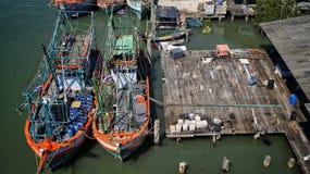 Bateaux sur le dock Image stock