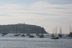 Bateaux sur les coûts de Villefrance sur le mer Images libres de droits