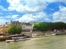 Bateaux sur Seine Photographie stock