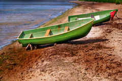 Bateaux sur un littoral Photographie stock